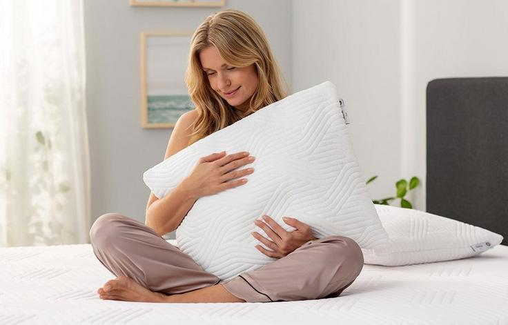 Tempur®️ Comfort Pillow with CoolTouch™️